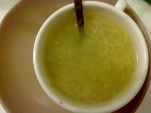 Caldo vegetal (brou)