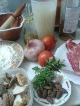 Ingredients per al fricandó de vedella amb bolets
