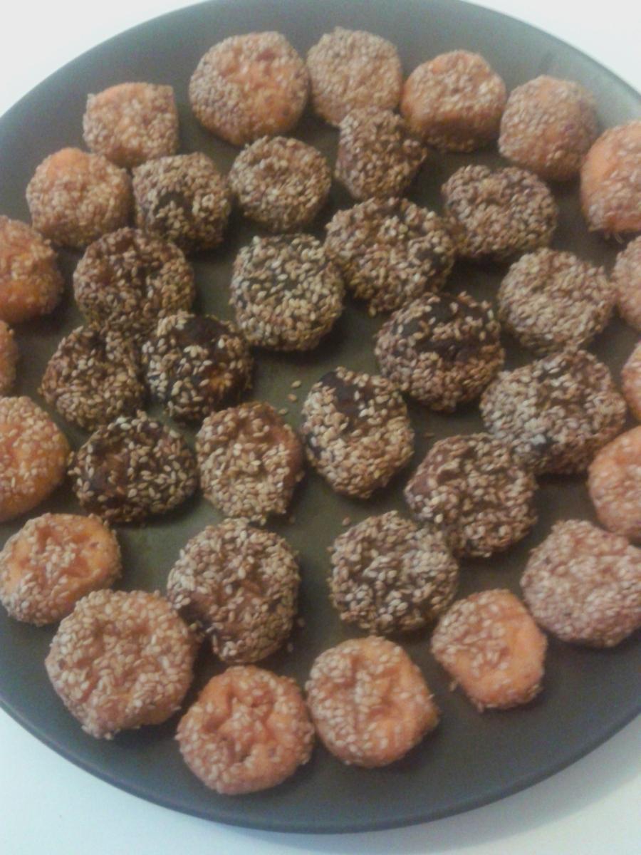 Panellets (II): panellets vegans o boletes de moniato amb ametlla i compota (sense sucre ni ou)