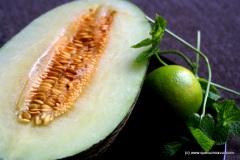 quecuinoavui_beguda de meló amb menta i un toc de llima