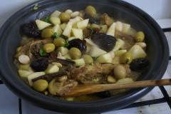 quecuinoavui_Tajine de xai_Prunes i olives