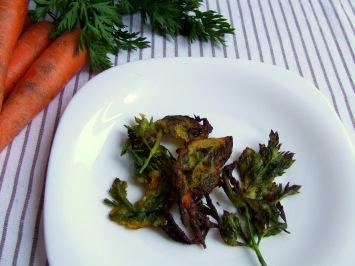 quecuinoavui tempura de fulles ecològiques de pastanagaquecuinoavui tempura de fulles ecològiques de pastanaga